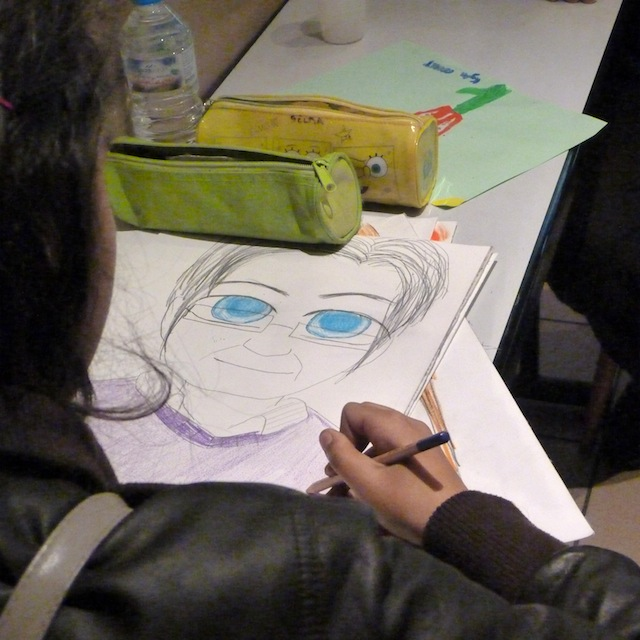 Une jeune dessinatrice - © My-Mulhouse.fr