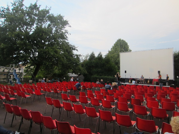 préparation de la soirée drive au cinema bel air