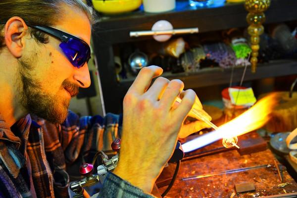 sébastien artisan souffleur de verre