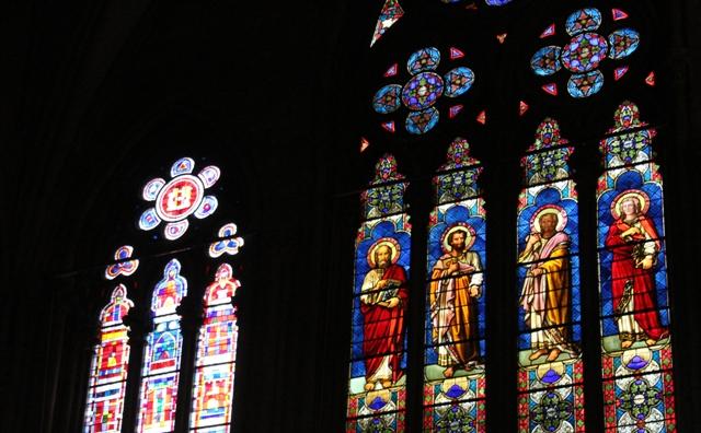 vitraux temple saint etienne