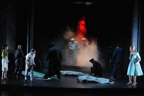 L'incendie du Capitole dans l'opéra la clemenza di tito