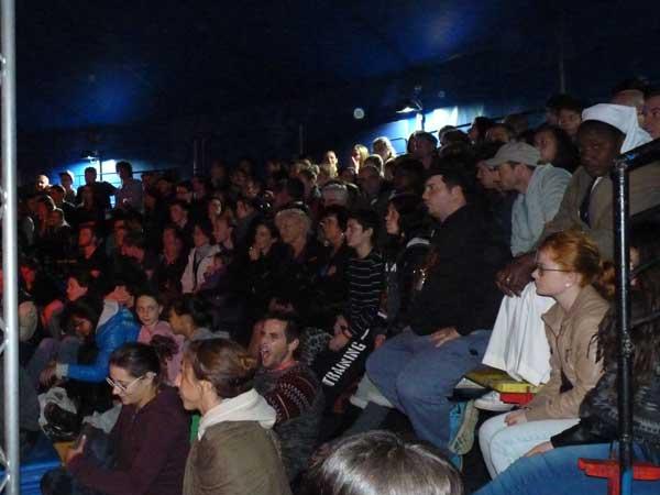 Un public nombreux à la convention d'acrobatie de Belfort