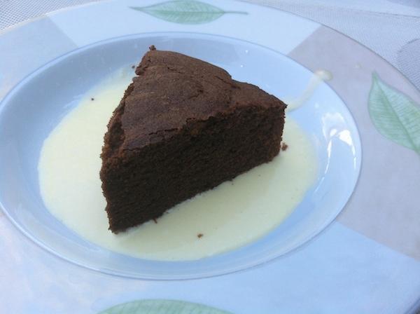 Le moelleux et sa crème anglaise :-) - © My-Mulhouse.fr