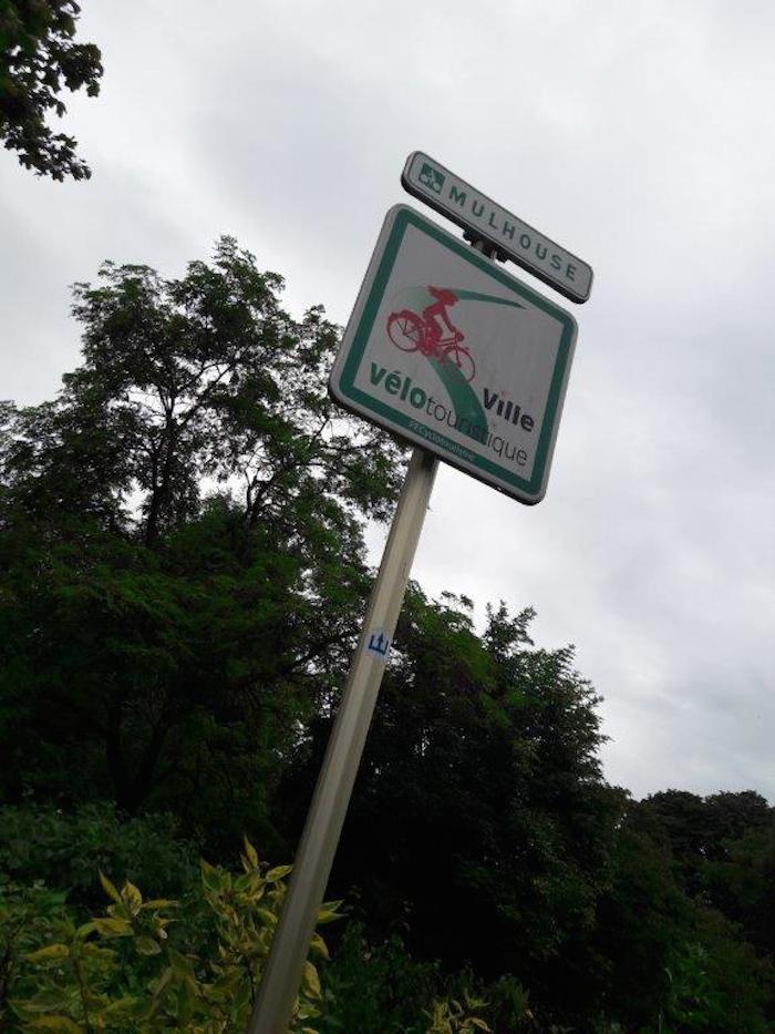 Du vélo pour incuber les oeufs de Pokémons :-) - ©My-Mulhouse.fr