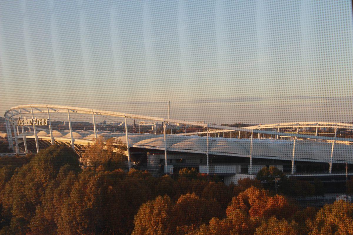 Le stade Mercedes-Benz Arena, vu depuis le musée - © My-Mulhouse.frLe stade Mercedes-Benz Arena, vu depuis le musée - © My-Mulhouse.fr