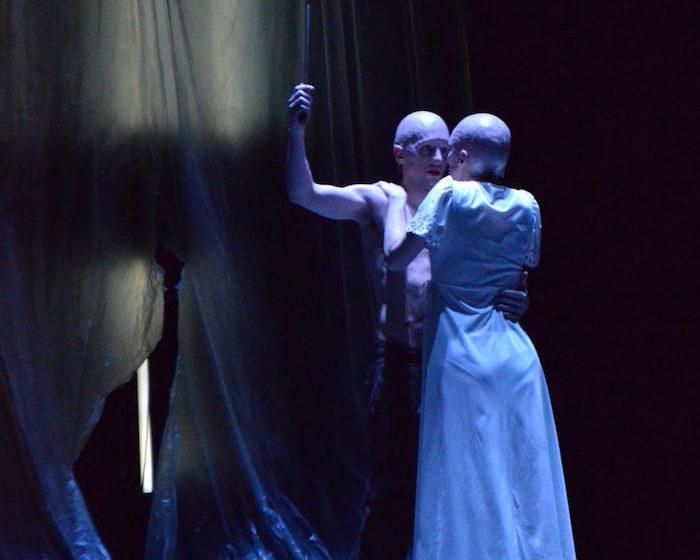 Une pièce sombre et belle - © Munstrum Theatre