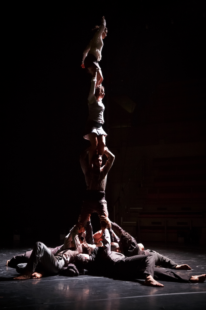 Une pyramide humaine - © Christophe Raynaud de Lage