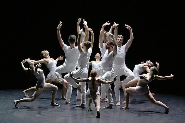Le ballet Preljocaj en apesanteur - © Jean-Claude Carbonne